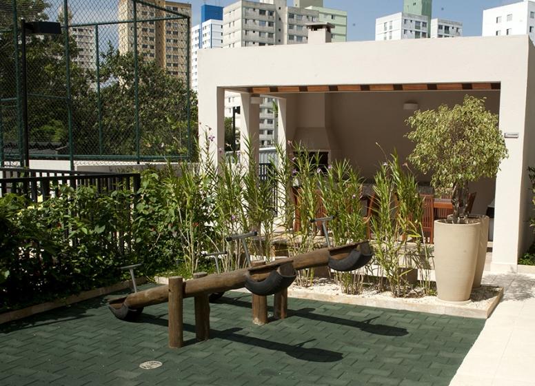 Playground  - Fatto Jardim Botânico - Azaleia
