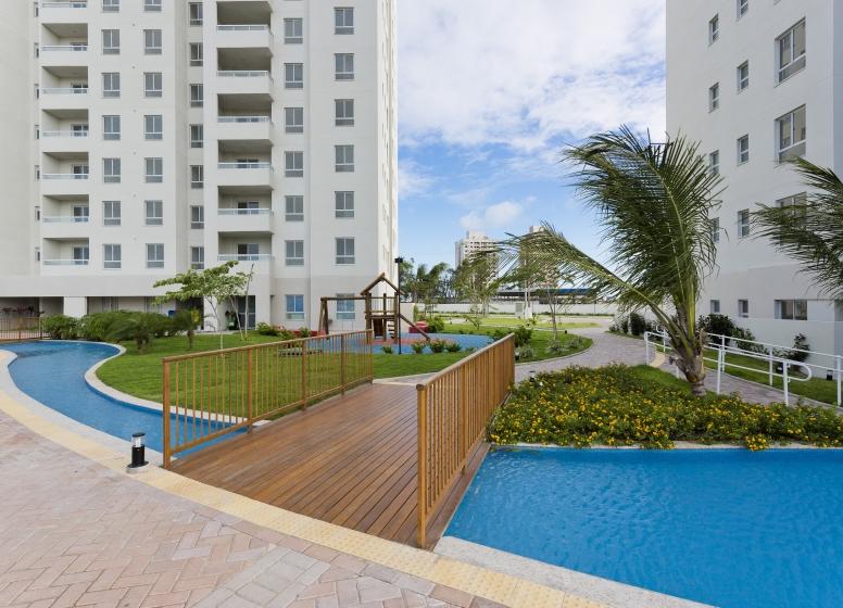Praça de Acesso às Torres - L'Acqua Condominium Club