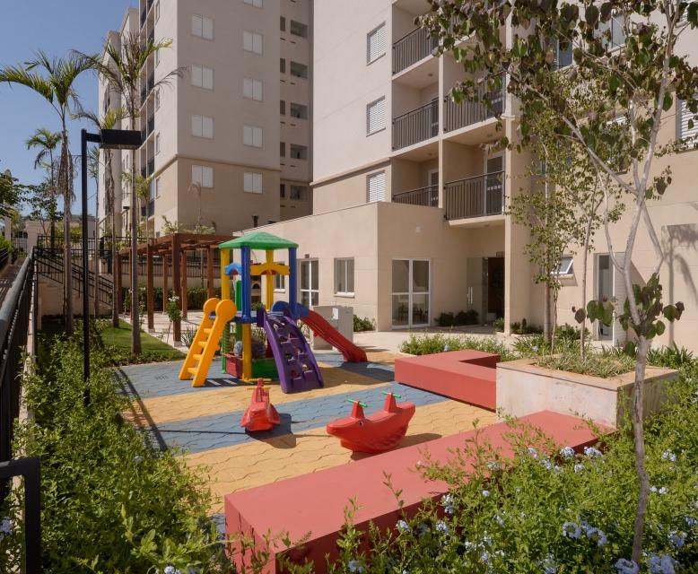 Playground - Fatto Momentos