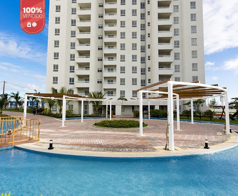 Praça de Acesso - L'Acqua Condominium Club