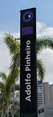 Estação Metrô Adolfo Pinheiro